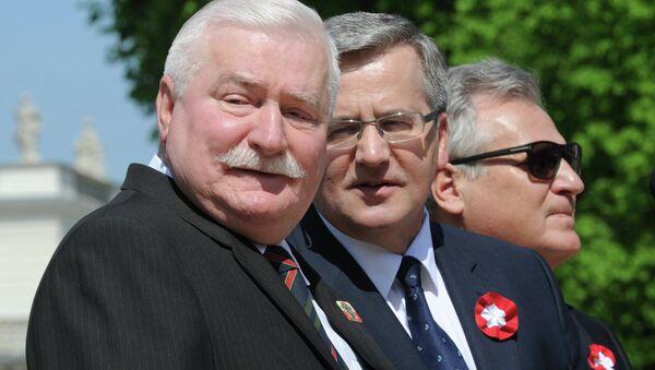 Prezydent Bronisław Komorowski, były prezydent RP Lech Wałęsa, były prezydent RP Aleksander Kwaśniewski - Sputnik Polska