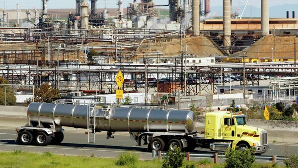 Rafineria ropy naftowej Chevron - Sputnik Polska