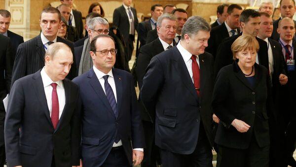 Prezydent Rosji Władimir Putin, Prezydent Ukrainy Petro Poroszenko, Kanclerz Niemiec Angela Merkel, Prezydent Francji Francois Hollande - Sputnik Polska