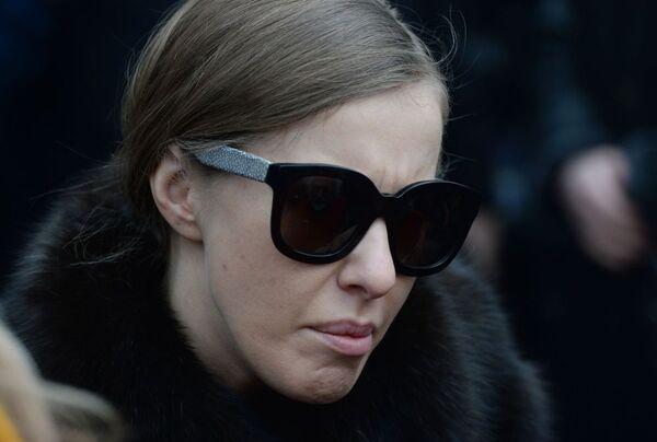 Dziennikarka Ksenia Sobczak podczas ceremonii pożegnalnej - Sputnik Polska