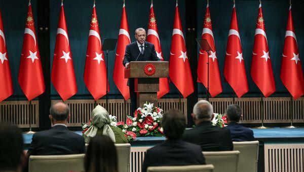 Prezydent Turcji Recep Tayyip Erdogan przemawia na forum gabinetu ministrów w Ankarze - Sputnik Polska