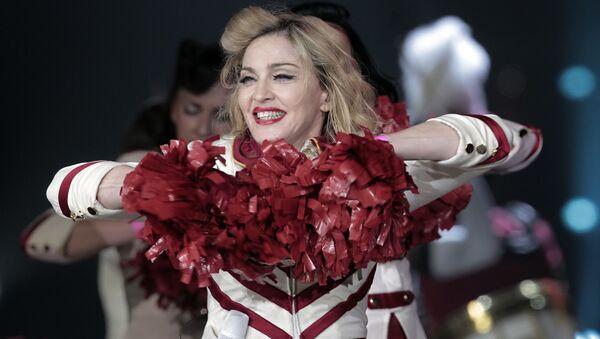 Madonna na koncercie w Petersburgu - Sputnik Polska