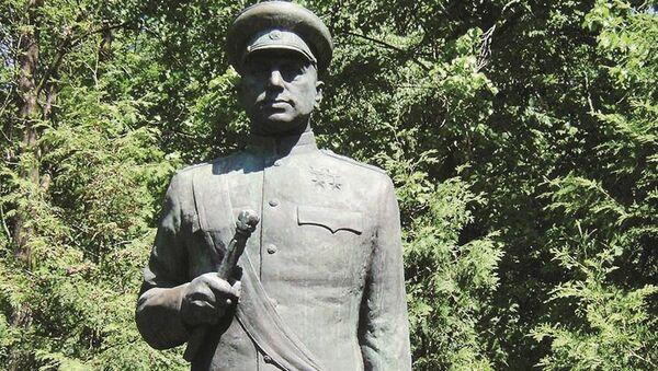Pomnik Rokossowskiego w Polsce - Sputnik Polska