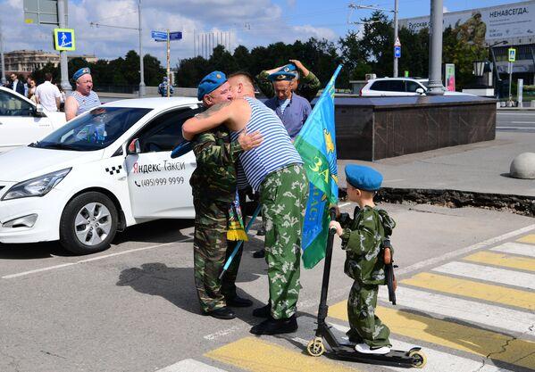 Obchody Dnia Wojsk Powietrznodesantowych w Moskwie - Sputnik Polska