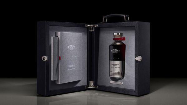 Whisky Black Bowmore DB5 1964 - Sputnik Polska