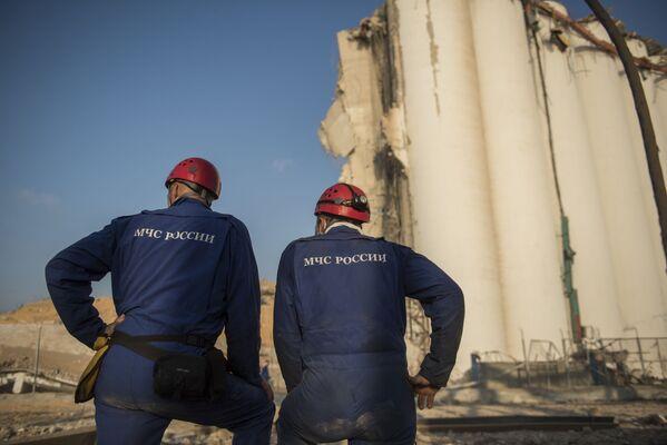 Ratownicy Ministerstwa Sytuacji Nadzwyczajnych Rosji w Bejrucie - Sputnik Polska