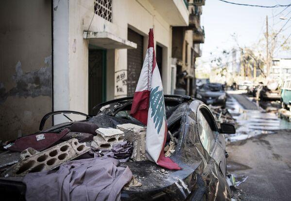 Skutki potężnej eksplozji w Bejrucie - Sputnik Polska