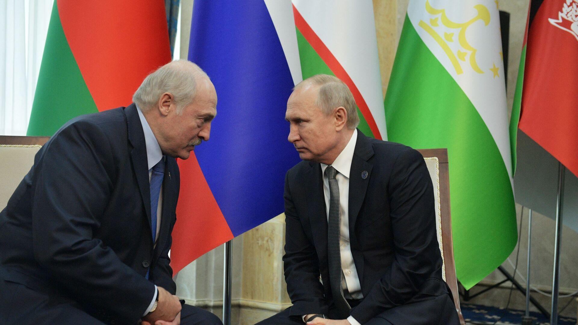 Prezydenci Rosji i Białorusi, Władimir Putin i Aleksandr Łukaszenka. - Sputnik Polska, 1920, 07.10.2021