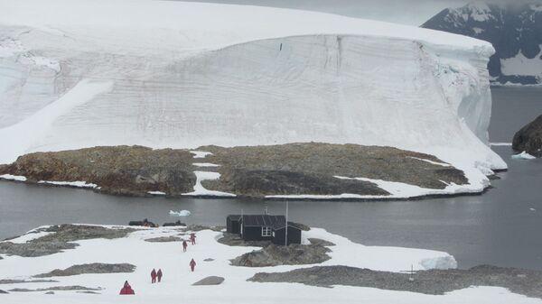 Dom na wyspie Winter na Antarktydzie - Sputnik Polska