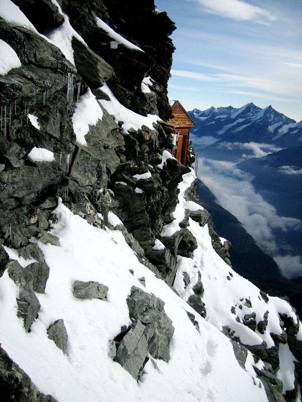 Chata Solvayhütte na północno-wschodnim grzbiecie Matterhorn - Sputnik Polska