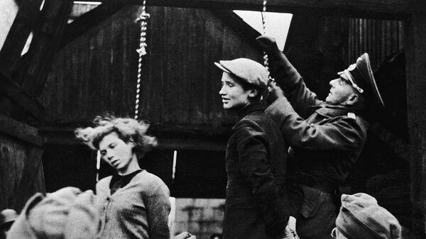 Egzekucja przez powieszenie wykonana hitlerowcami na terenie Białorusi - Sputnik Polska