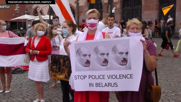 Mitingi na znak wsparcia Białorusinów - Sputnik Polska