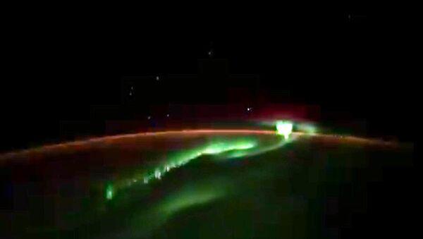 Zorza polarna nad Antarktydą i niezidentyfikowane obiekty - Sputnik Polska