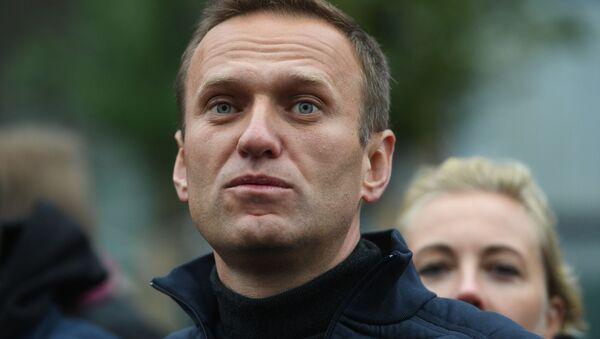 Polityk Aleksiej Nawalny na demonstracji - Sputnik Polska