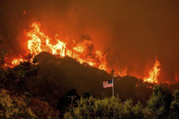 Pożary w Kalifornii - Sputnik Polska