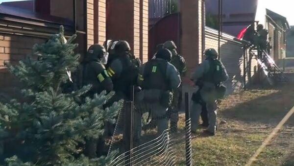 Funkcjonariusze FSB podczas zatrzymania bojowników planujących zamach w Inguszetii.  - Sputnik Polska