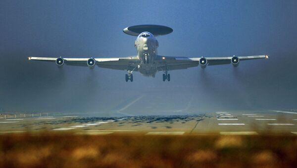 Samoloty wczesnego ostrzegania NATO AWACS w bazie wojskowej w Niemczech - Sputnik Polska