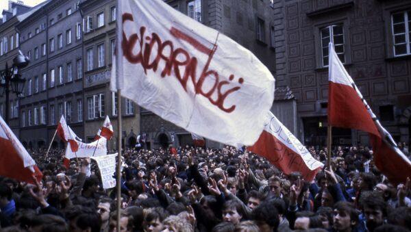 """Zwolennicy ruchu """"Solidarność"""" na proteście w Warszawie, 1982 rok - Sputnik Polska"""
