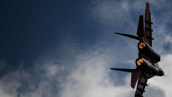 Myśliwiec MiG-29 podczas lotu demonstracyjnego w ramach forum Armia 2020 - Sputnik Polska