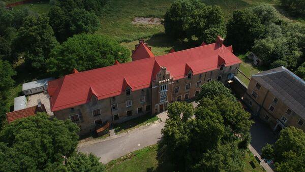 Zamek Waldau wzniesiony w XIII wieku przez Krzyżaków - Sputnik Polska