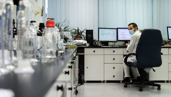Węgry otrzymały pierwsze próbki rosyjskiej szczepionki Sputnik V przeciwko koronawirusowi - Sputnik Polska