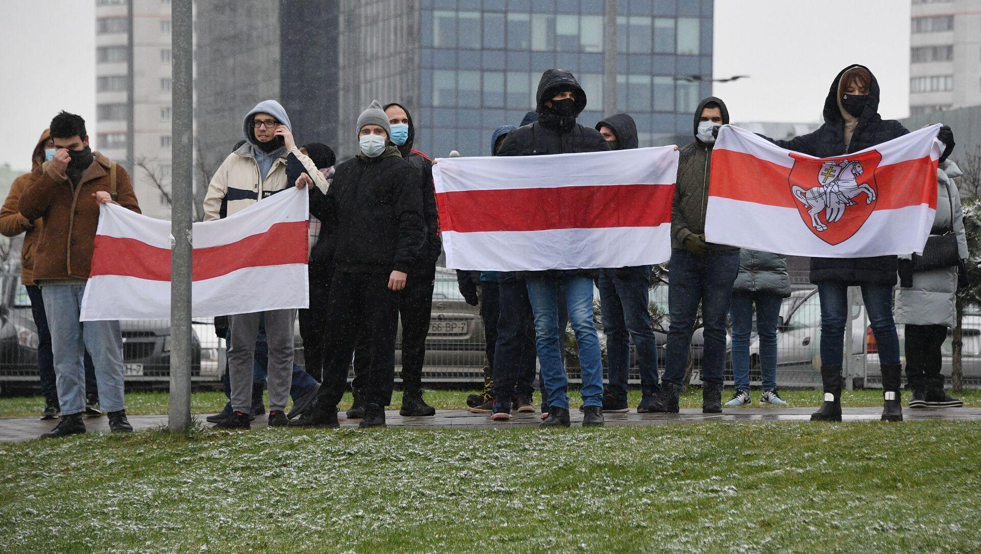 Uczestnicy akcji protestu Marsz sąsiadów w Mińsku - Sputnik Polska, 1920, 01.03.2021