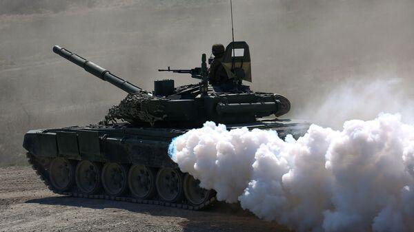 Czołg T-72B3 na otwarciu międzynarodowego konkursu jednostek plutonu desantowego - Sputnik Polska