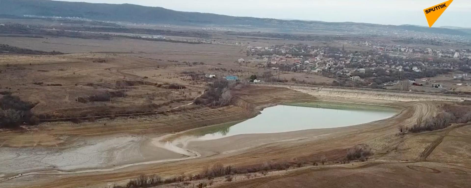 Na Krymie brakuje wody pitnej - Sputnik Polska, 1920, 15.01.2021