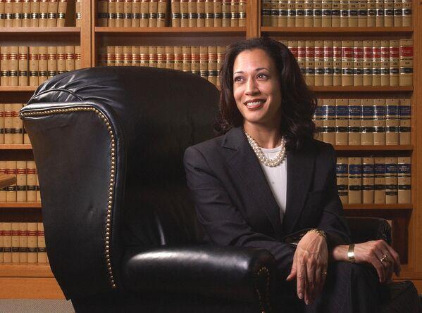 Amerykańska prawniczka Kamala Harris w 2004 roku - Sputnik Polska