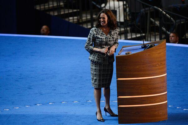 Amerykańska prawniczka Kamala D. Harris w 2012 roku - Sputnik Polska