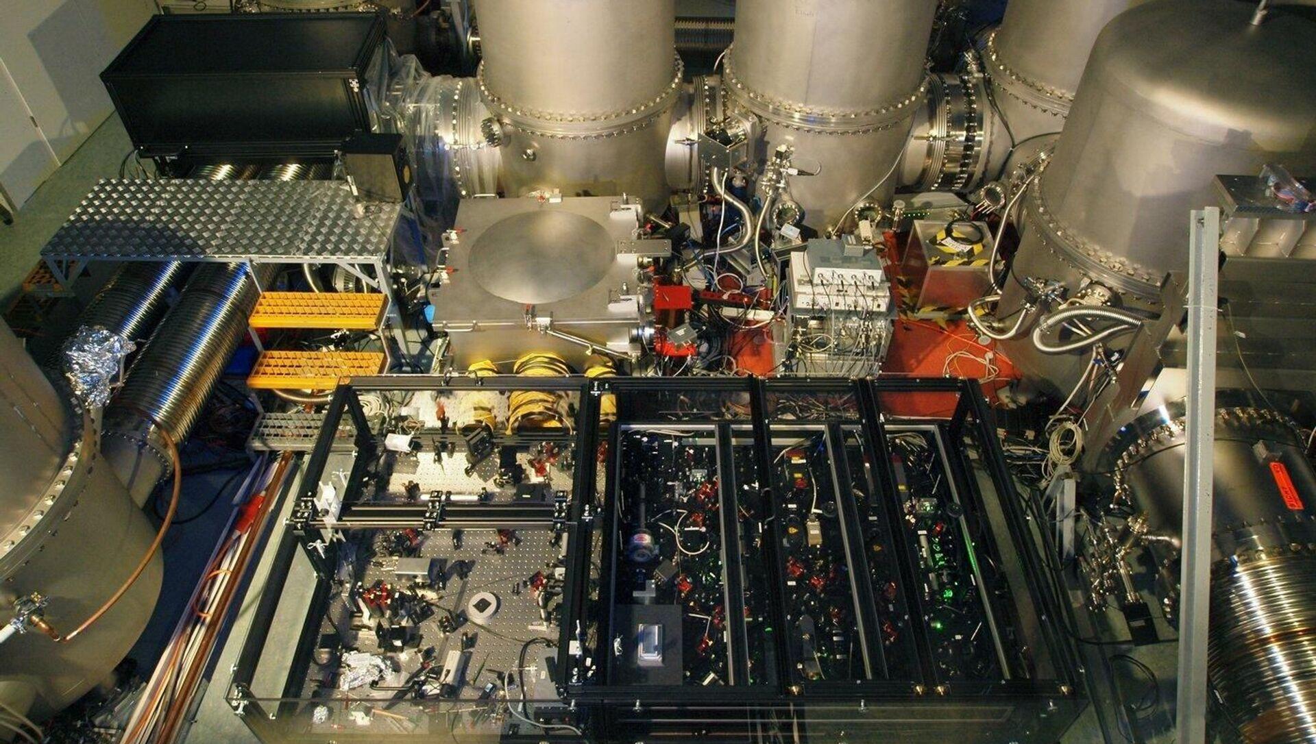 Urządzenie do uzyskiwania światła ściśniętego detektora fal grawitacyjnych GEO600 - Sputnik Polska, 1920, 02.03.2021
