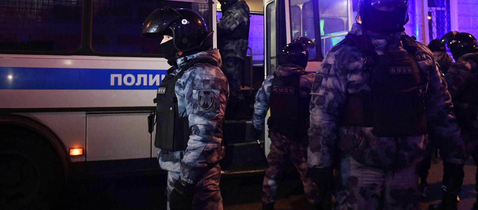 Protesty zwolenników Aleksieja Nawalnego w Moskwie. Działania OMON - Sputnik Polska, 1920, 11.02.2021