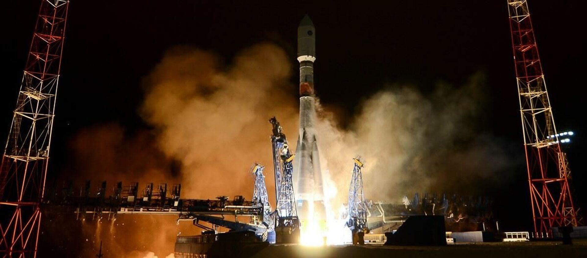 Wystrzelenie rakiety nośnej Sojuz-2 z sondą kosmiczną nowej generacji systemu Glonass-K - Sputnik Polska, 1920, 15.02.2021