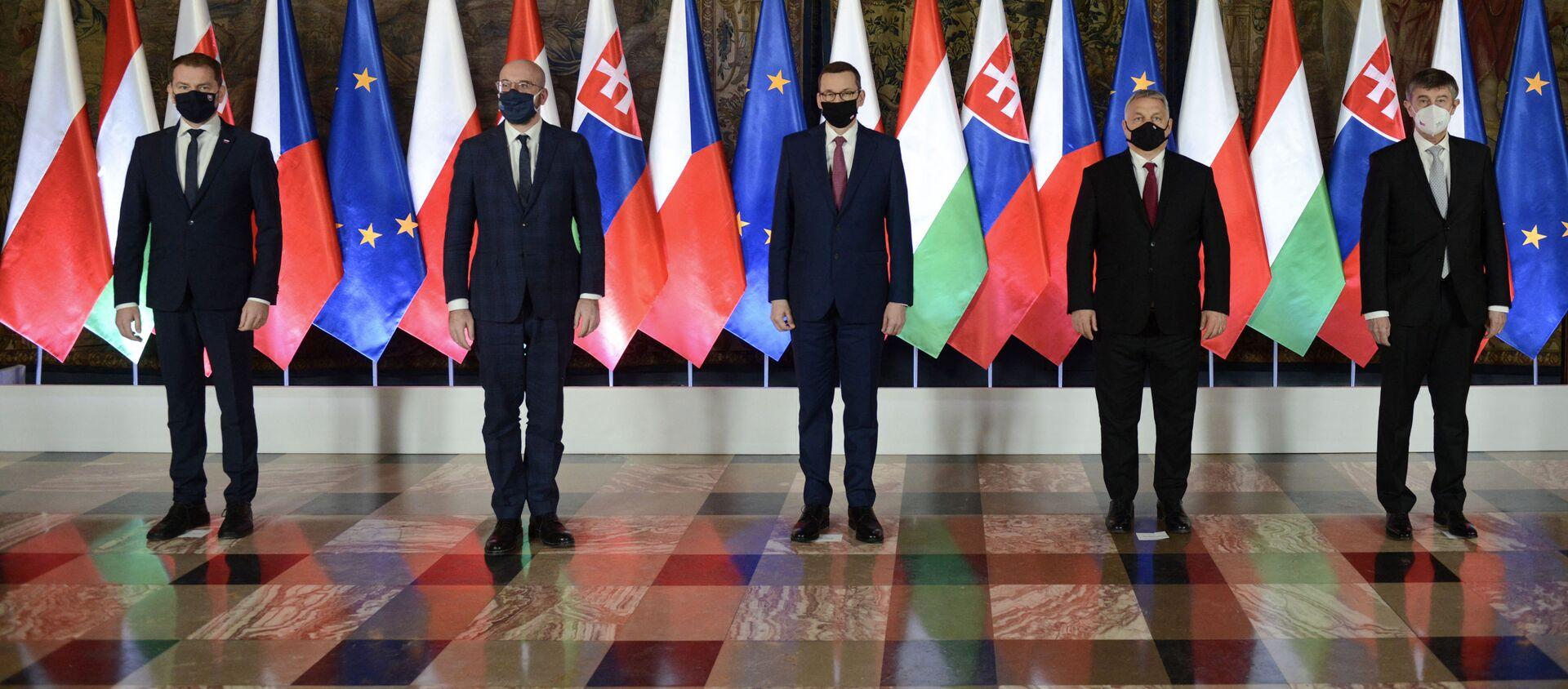 Szefowie rządów państw V4 oraz Charles Michel podczas szczytu Grupy Wyszehradzkiej w Krakowie - Sputnik Polska, 1920, 17.02.2021