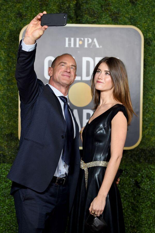 Актер Кристофер Мелони с дочерью на церемонии награждения премии Золотой глобус в США. - Sputnik Polska