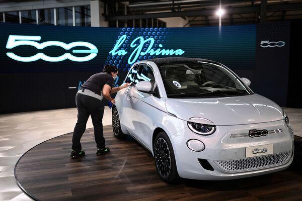 Samochód Fiat 500 Electric - Sputnik Polska