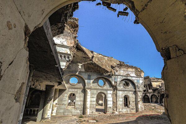 Zniszczony kościół katolicki w Mosulu - Sputnik Polska
