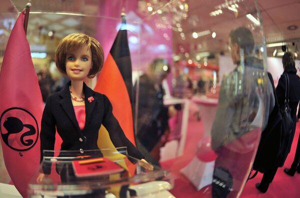Barbie Angela Merkel - Sputnik Polska