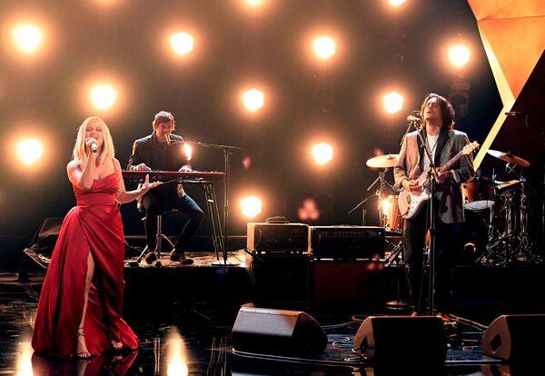 Piosenkarka Maren Morris i gitarzysta John Mayer na 63. ceremonii rozdania nagród Grammy w Los Angeles - Sputnik Polska