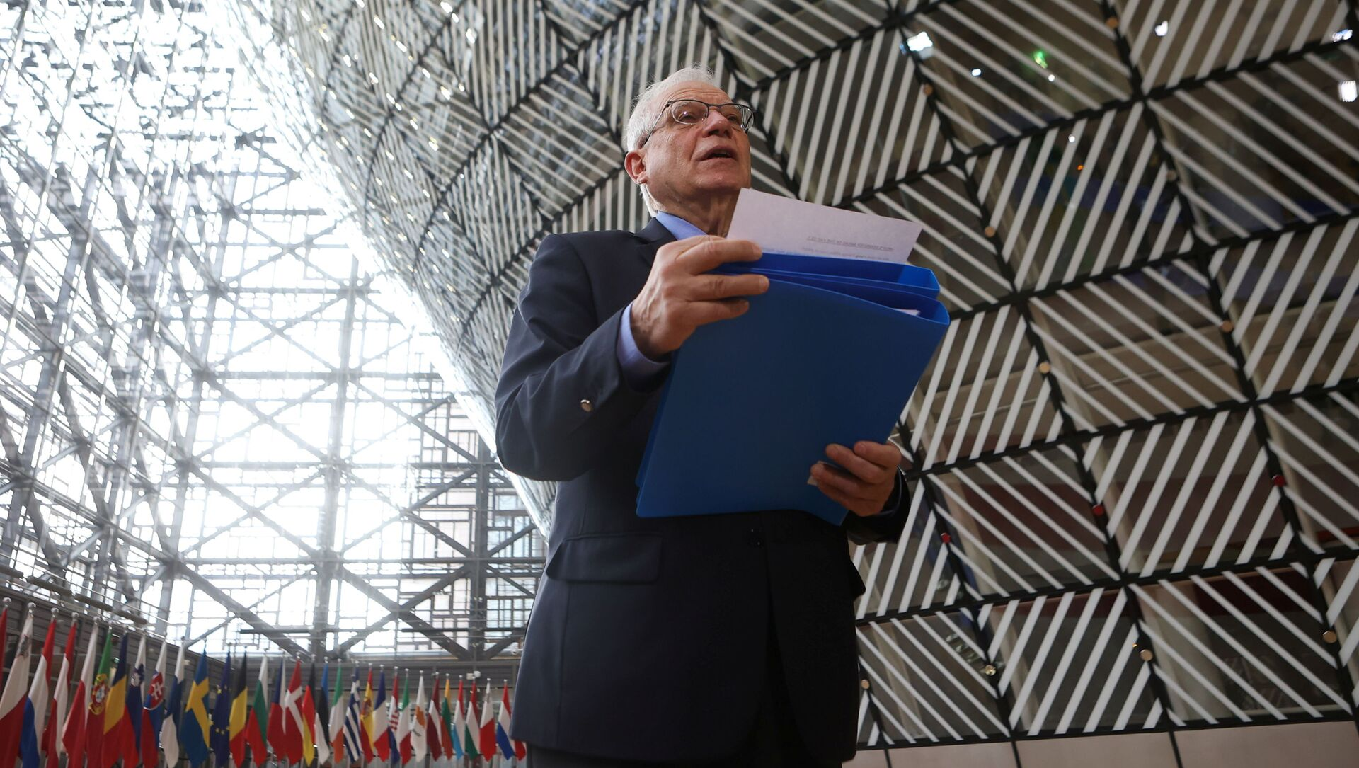 Wysoki przedstawiciel UE ds. polityki zagranicznej i bezpieczeństwa Josep Borrell przed spotkaniem ministrów spraw zagranicznych UE - Sputnik Polska, 1920, 24.03.2021