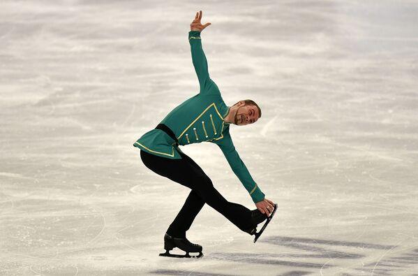 Białoruski łyżwiarz figurowy Konstantin Milukow na Mistrzostwach Świata w Łyżwiarstwie Figurowym w Sztokholmie - Sputnik Polska