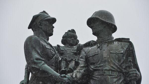 Pomnik braterstwa, Legnica - Sputnik Polska