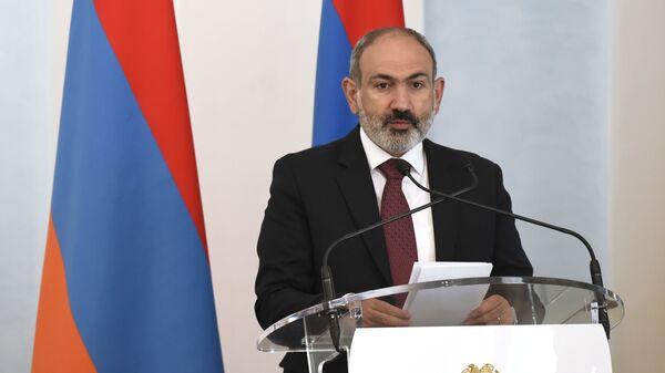 Pełniący obowiązki premiera Armenii Nikol Paszynian - Sputnik Polska