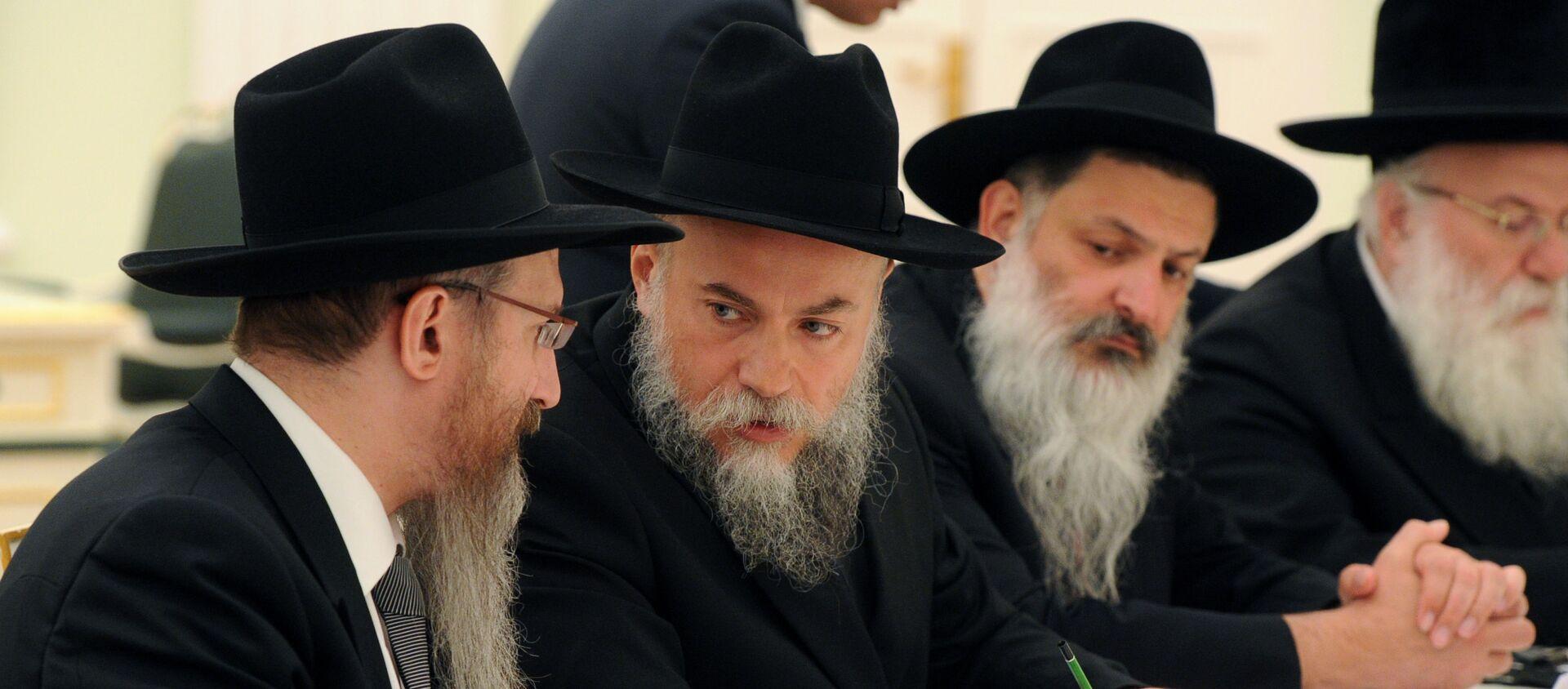 Władimir Putin spotyka się z delegacją rabinów z kilku krajów. Wśród nich rabin Aleksandr Boroda - Sputnik Polska, 1920, 12.06.2021