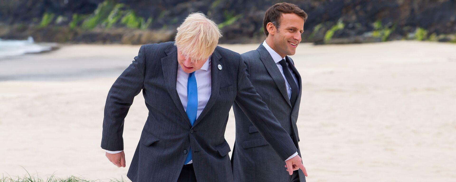 Premier Wielkiej Brytanii Boris Johnson i prezydent Francji Emmanuel Macron w Kornwalii - Sputnik Polska, 1920, 20.09.2021