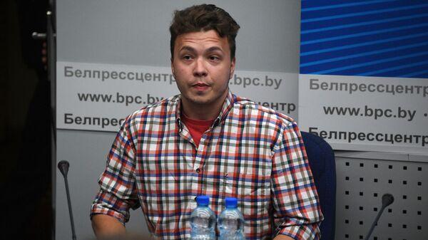 Raman Pratasiewicz na konferencji prasowej w Mińsku - Sputnik Polska