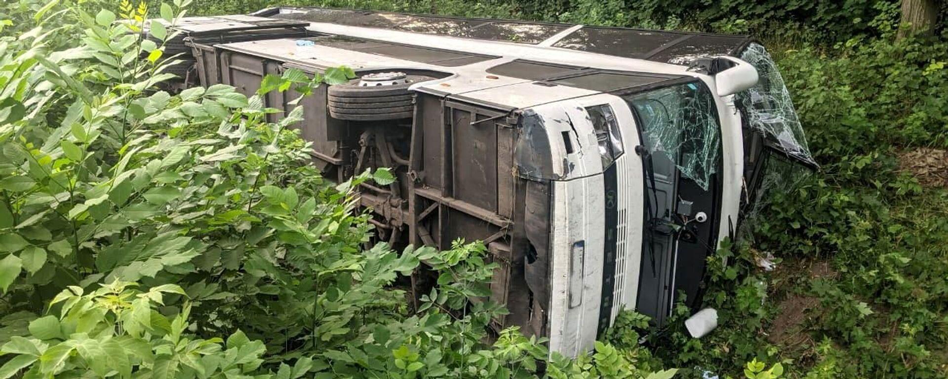 Wypadek autokaru na Ukrainie - Sputnik Polska, 1920, 17.07.2021