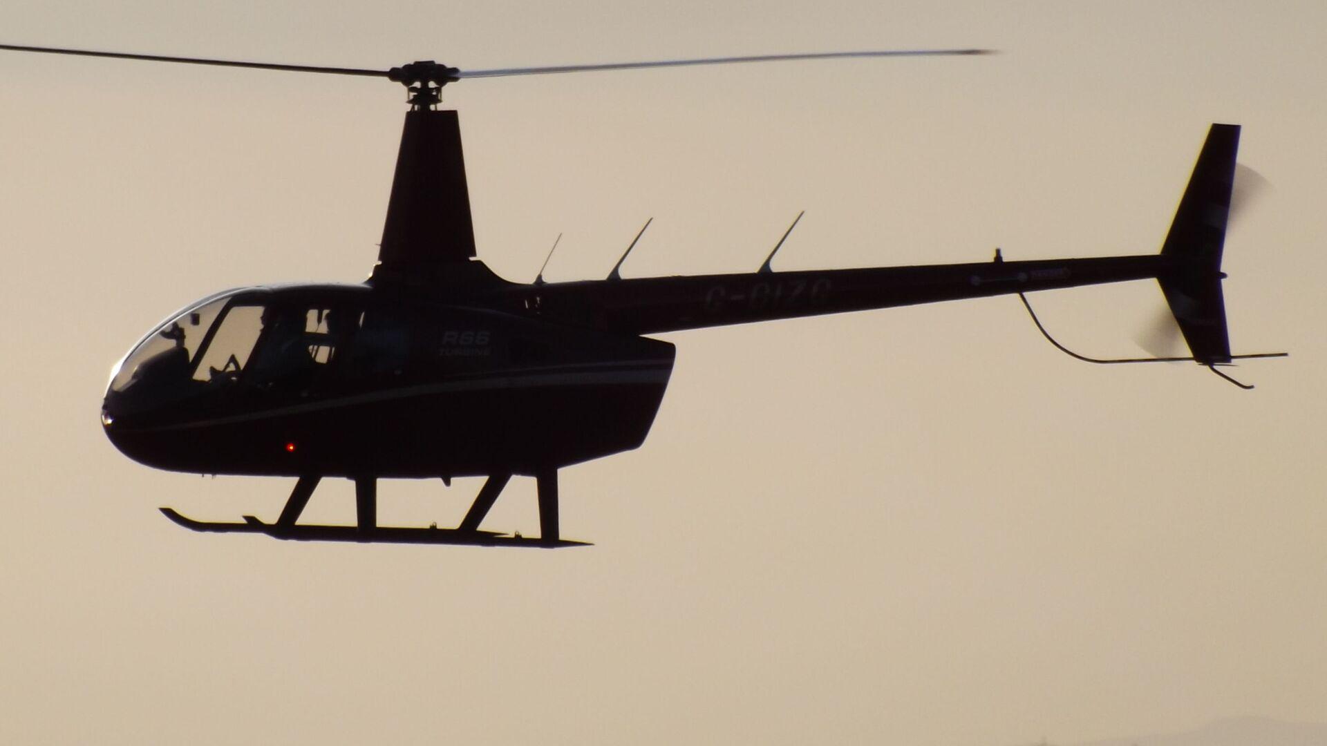 Helikopter model Robinson R66. - Sputnik Polska, 1920, 25.09.2021