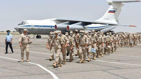 Военные РФ на полигоне Термез на границе с Афганистаном - Sputnik Polska