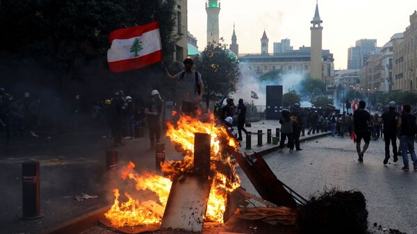 Акция протеста у парламента в Бейруте - Sputnik Polska